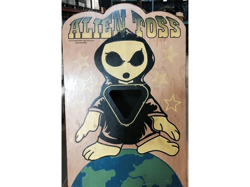 Alien Toss